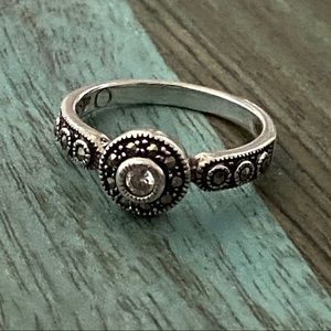 Judith Jack 925 Sterling Silver Ring size 6.75